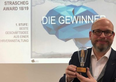 Erik A. Leonavicius gewinnt den Strascheg Award for Excellence in Entrepreneuship Education - Referenz - Innovation - REINVENTIS - Innovationsberatung - München